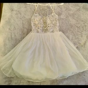 White tulle sparkly homecoming dress!